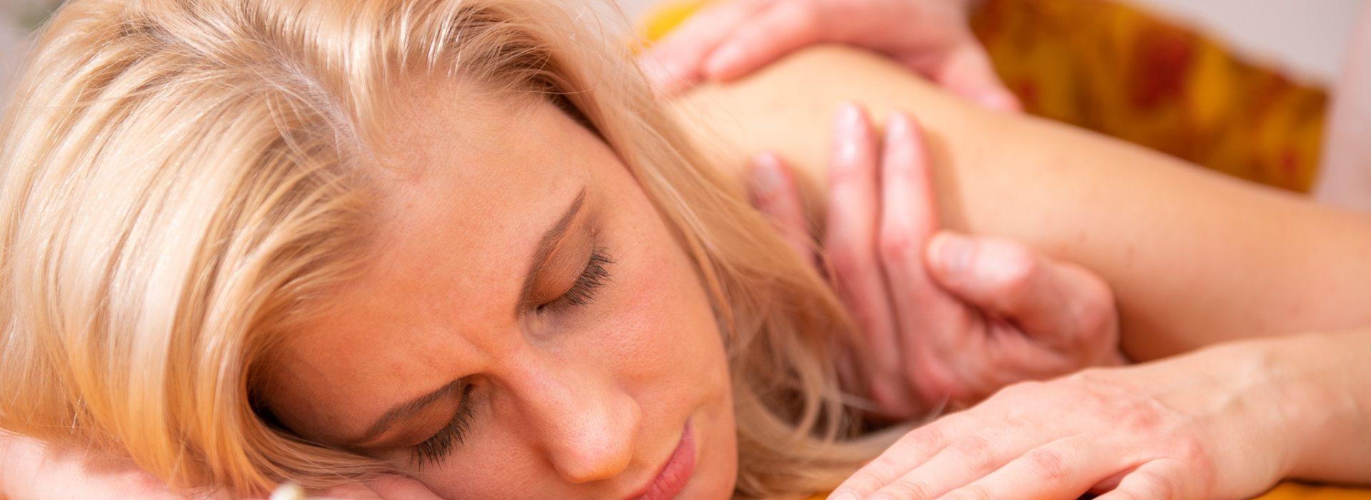 Lomi-Lomi-Massagen
